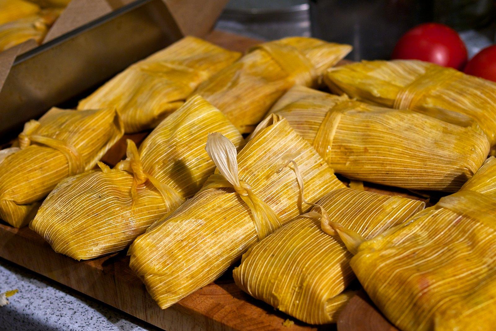 Tamales costeños für Bushcooks Kitchen | Der Mundschenk & Cie.